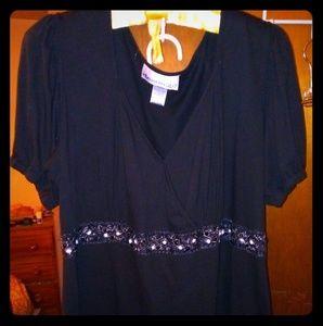 Denim 24/7 Beautiful Dressy Top